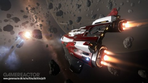 PS4 descarga Elite: Dangerous
